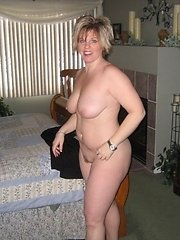 Check out this hot moms having some candid moments. These are sexy sexy milfs.�