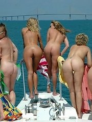 Look at these awesome milf asses. I bet these milfs are horny as hell and love it in the shit slicer.�